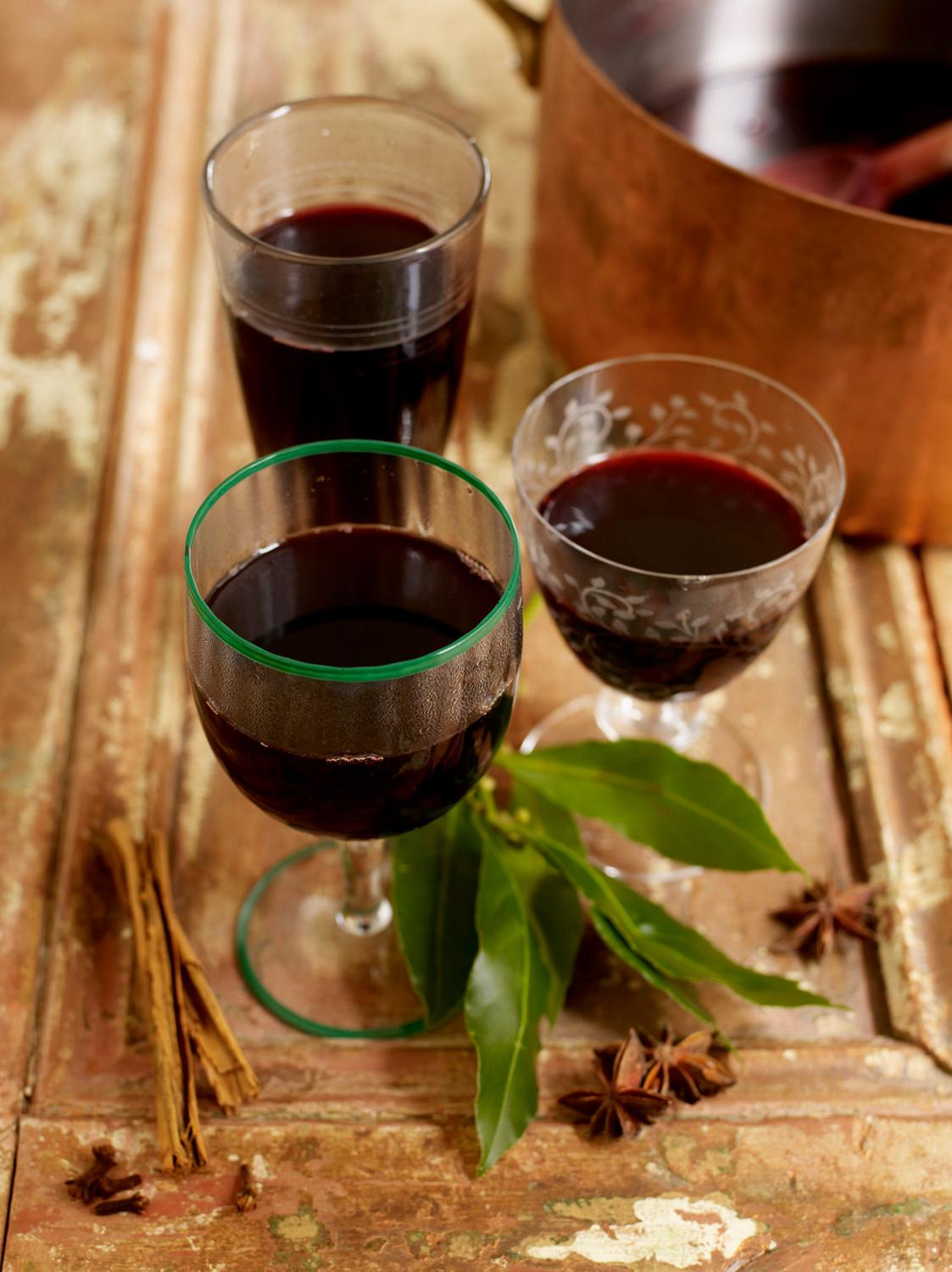 Jamie 39 s mulled wine - Make perfect mulled wine ...