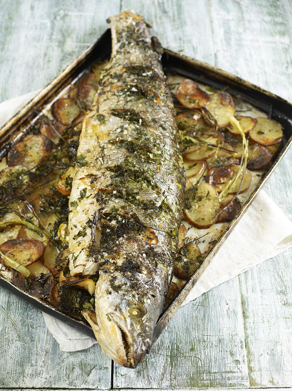 Chargrilled tuna with dressed beans and loadsa herbs for How to bake fish